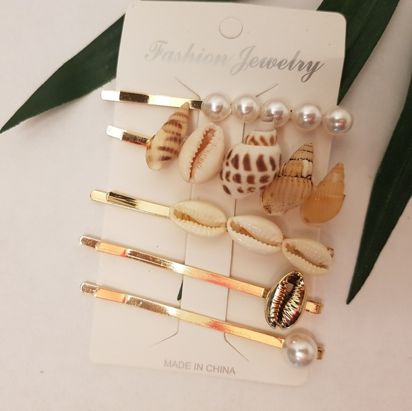 Mermaid Hair Pins//Accessories//Shells//Christmas gift,stocking stuffers,mixnmatch